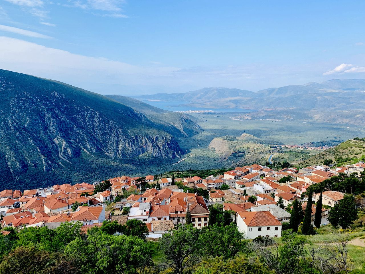 hiking-in-delphi-view-over-town-adriatic