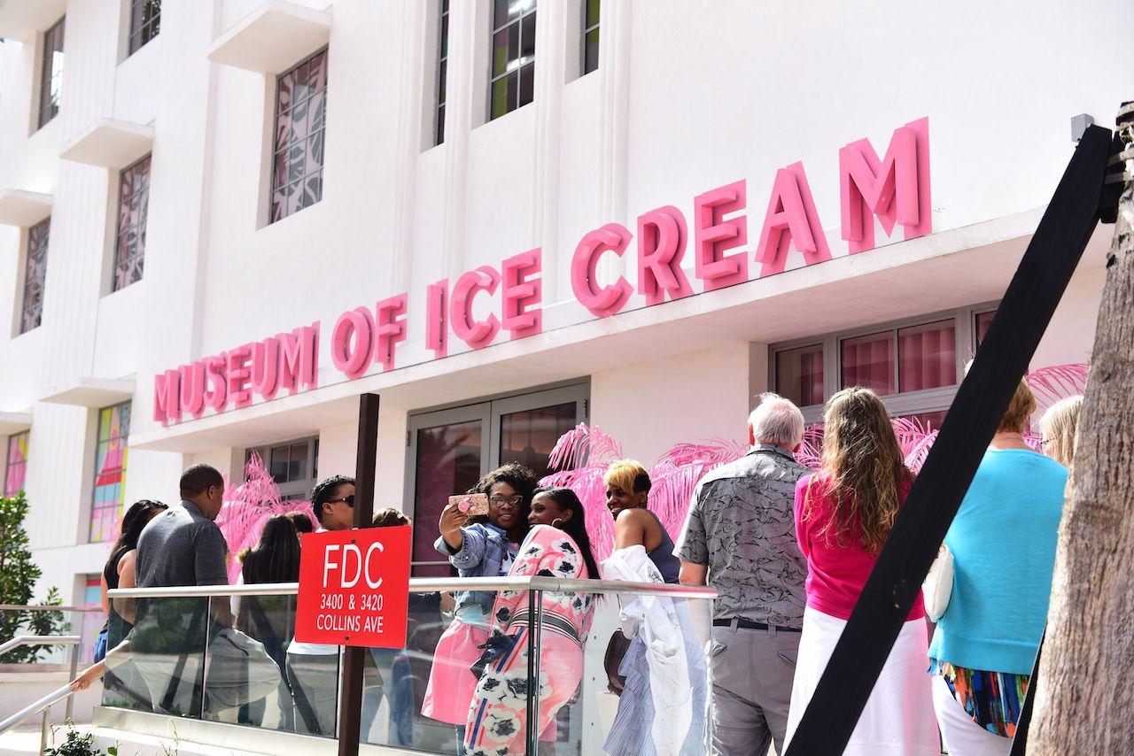 Miami,-,January,22,,2018:,The,Museum,Of,Ice,Cream.