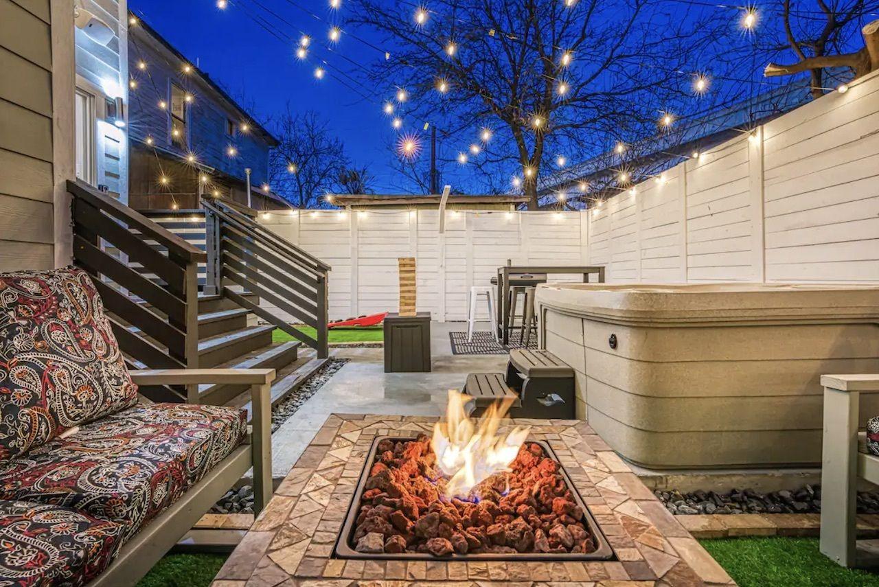 luxurious-home-hot-tub-san-antonio-airbnbs
