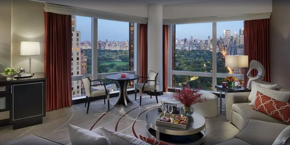 mandarin oriental nyc hotels with skyline views