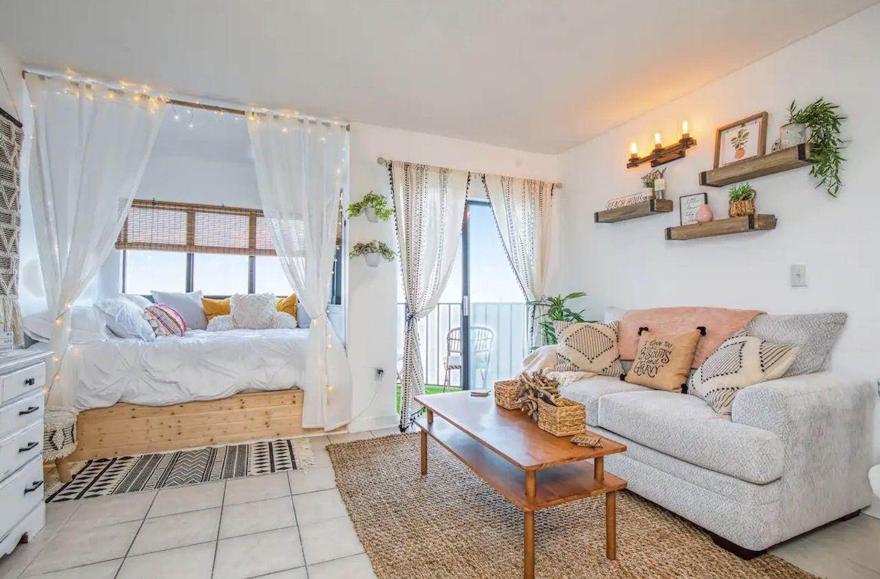 oceanfront-studio-myrtle-beach-airbnbs