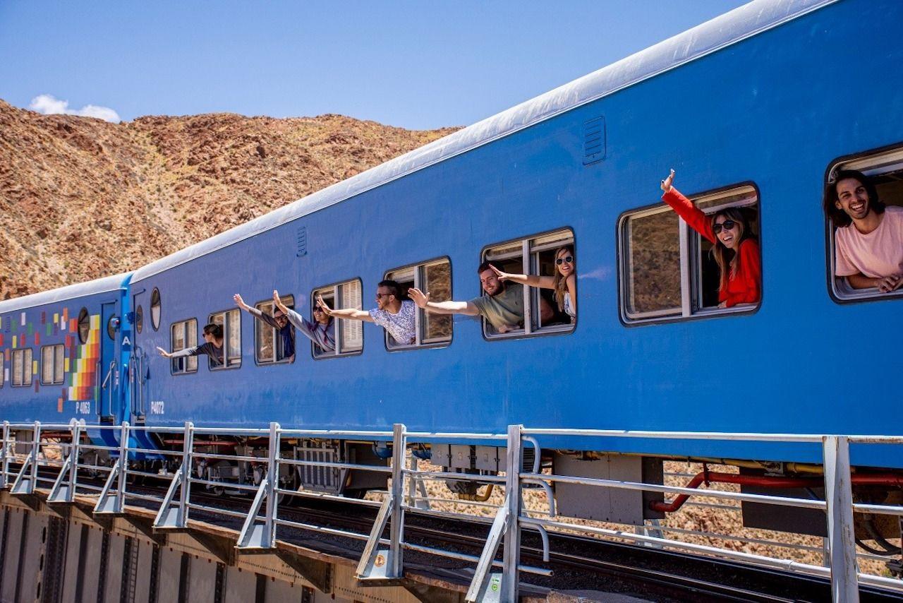 road-trip-in-Salta-Argentina-Tren-a-las-nubes-train