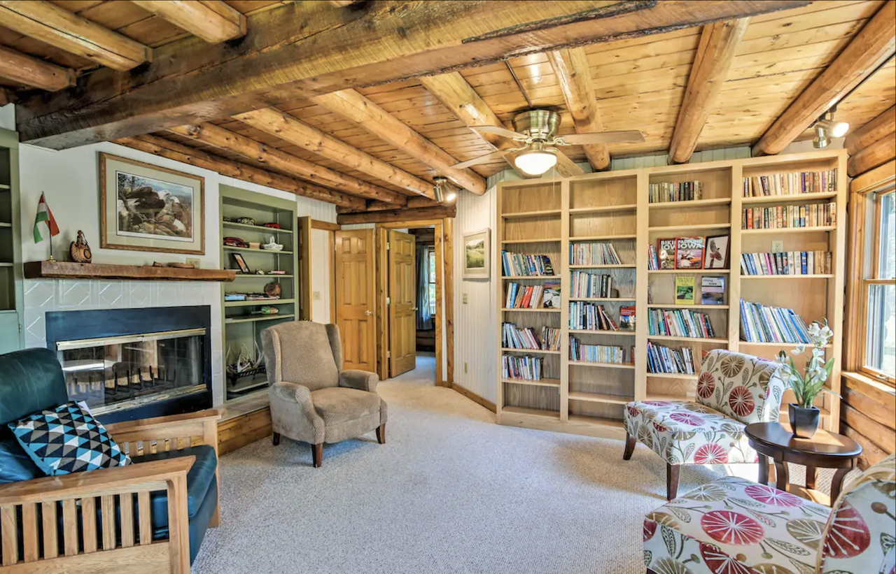 rural-coon-rapids-cabin-most-wishlisted-midwest-airbnbs