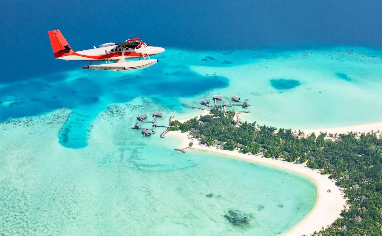 Sea,Plane,Flying,Above,Maldives,Islands