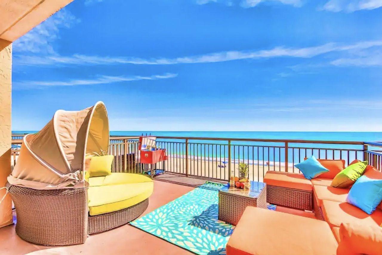 tropical-condo-myrtle-beach-airbnbs