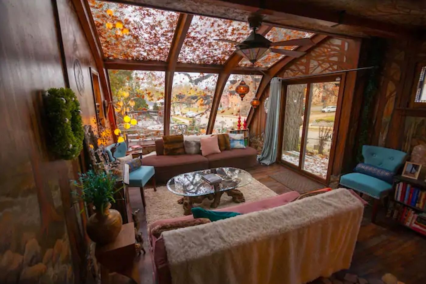 wolf-house-studio-Minnesota-most-wishlisted-midwest-airbnbs
