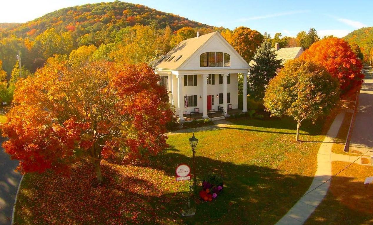 Four Columns Inn in Vermont during the fall season