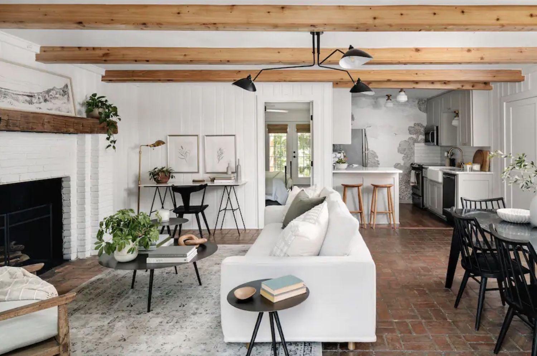 Hillcrest Cottage interior