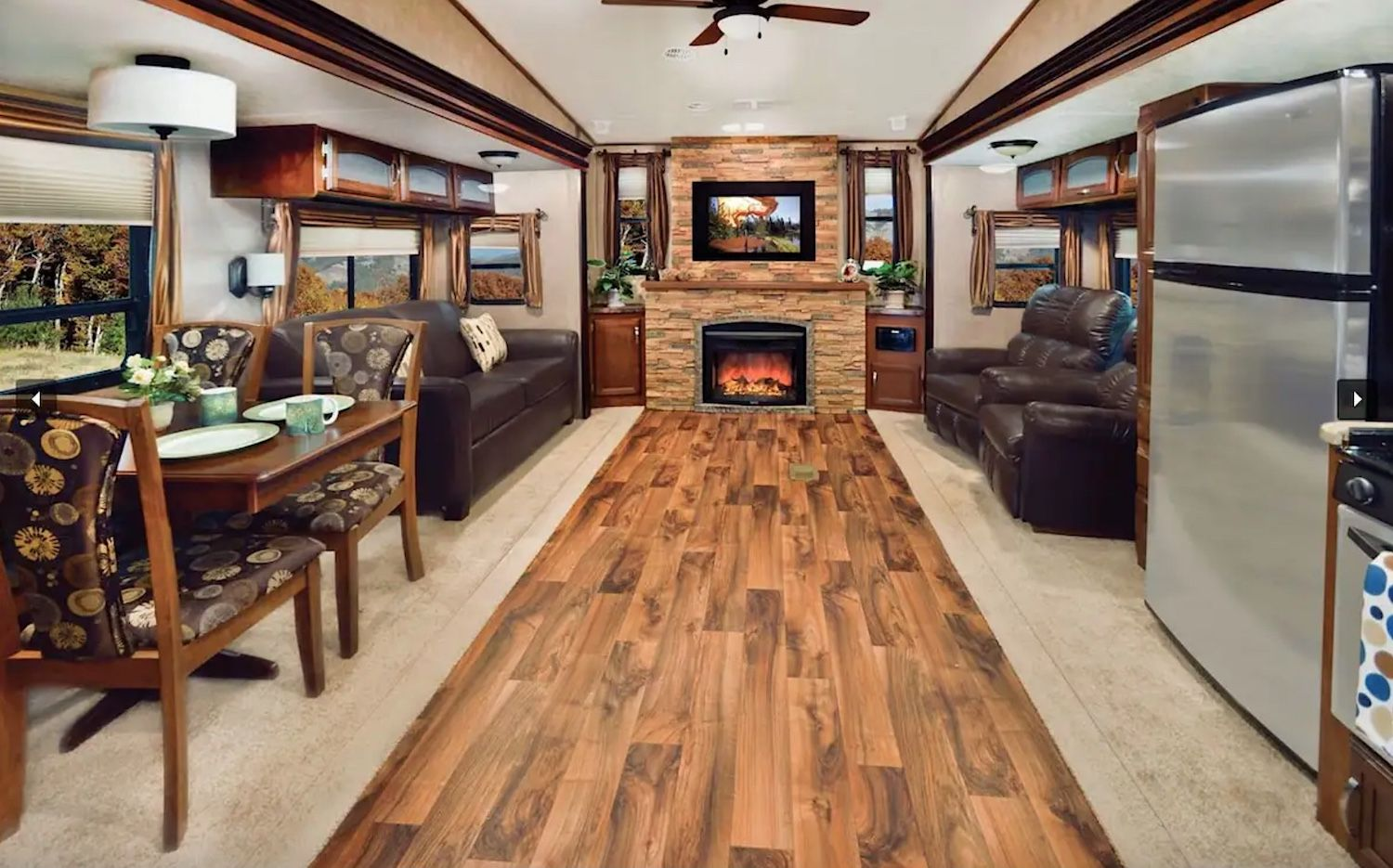 Interior of RV available on Airbnb and close to the Albuquerque International Balloon Fiesta