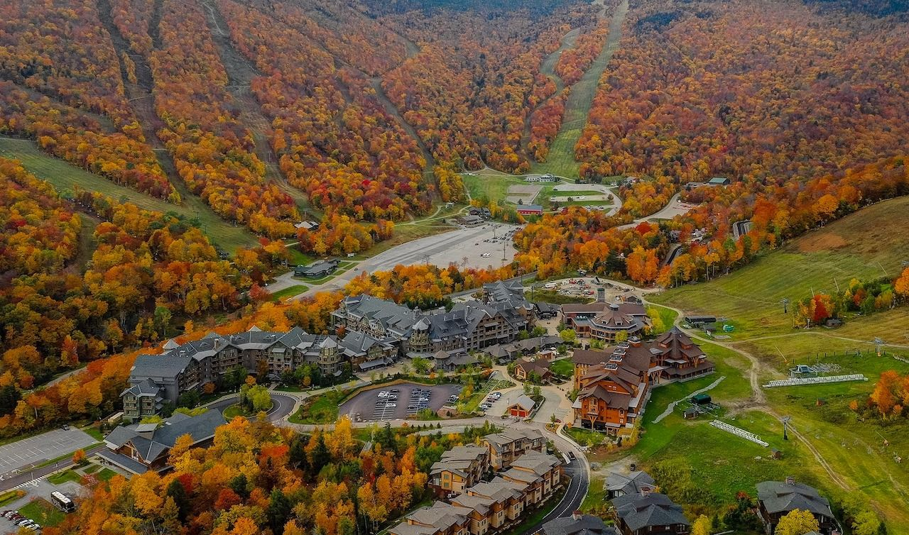Stowe Mountain Resort in Vermont in the fall season