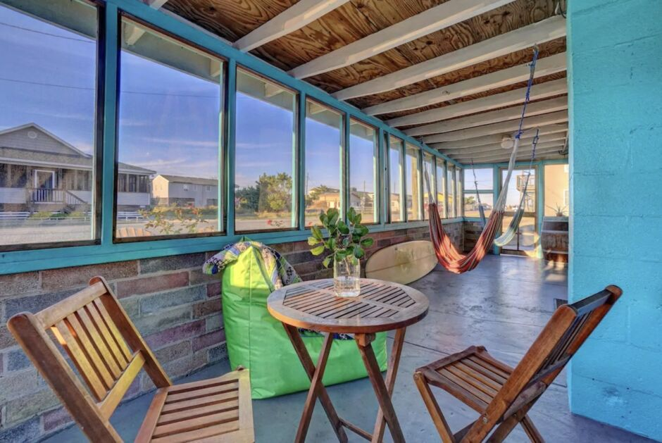 avalon beach bungalow outer banks budget airbnbs