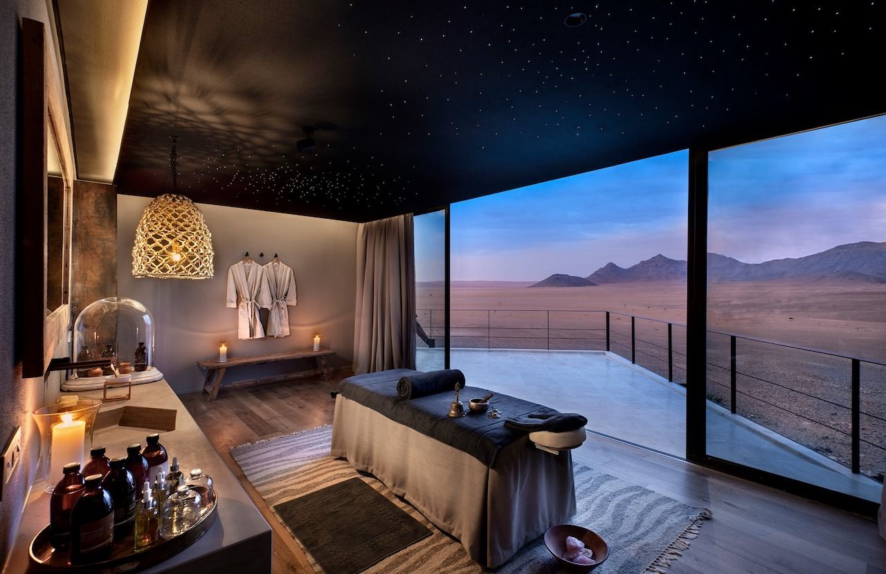 best stargazing places Sossusvlei desert lodge