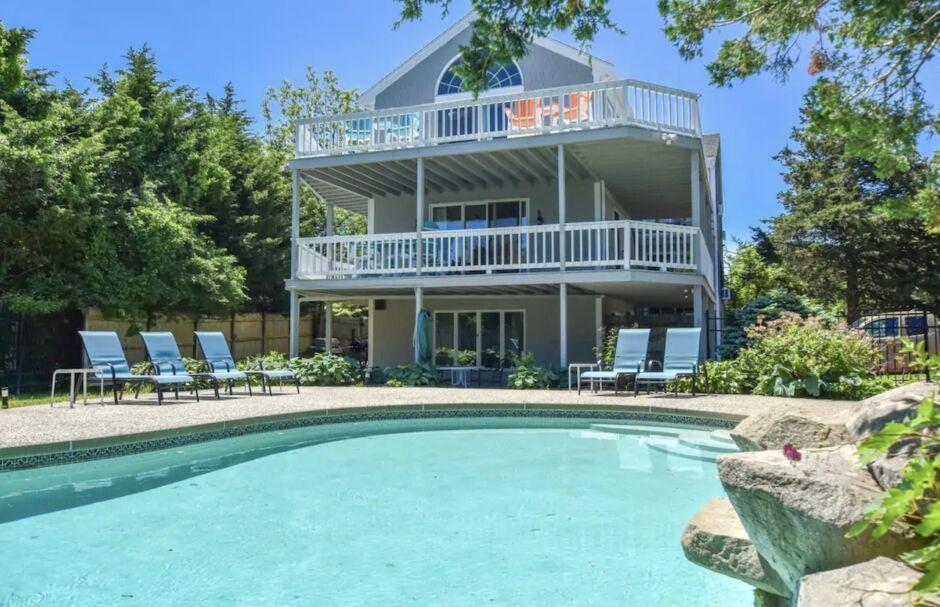 coastal cottage cape cod airbnbs