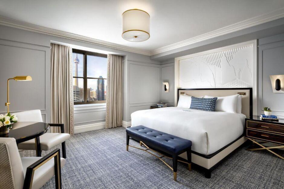 fairmont gold experience toronto room