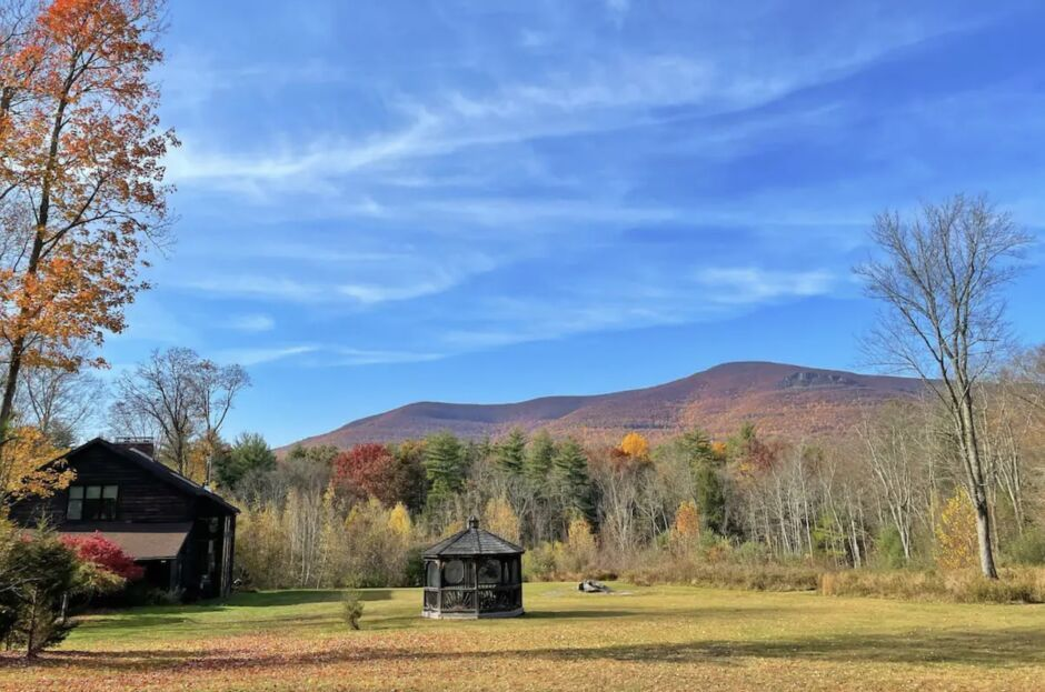 glasco woodstock new york airbnbs to see fall foliage