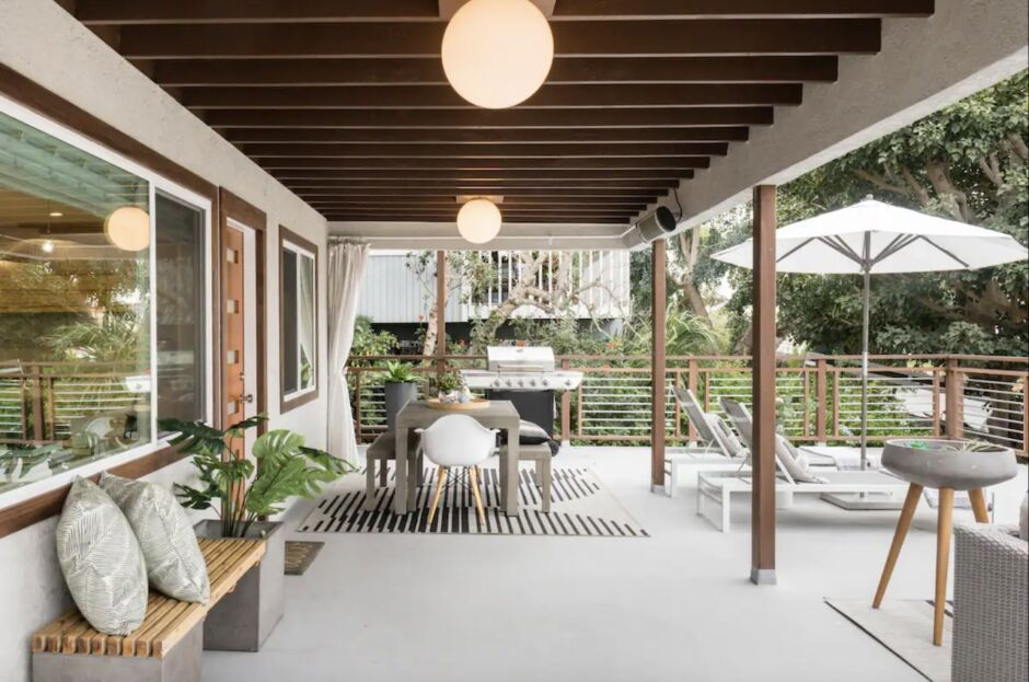 modern oasis california yoga retreat airbnbs