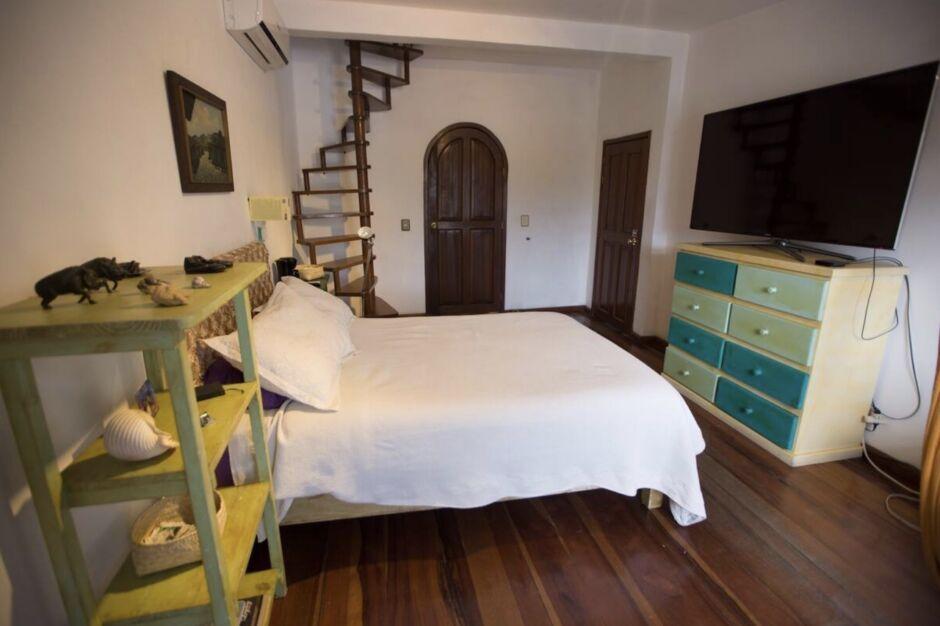 zocalo apartment best airbnbs for dia de los muertos