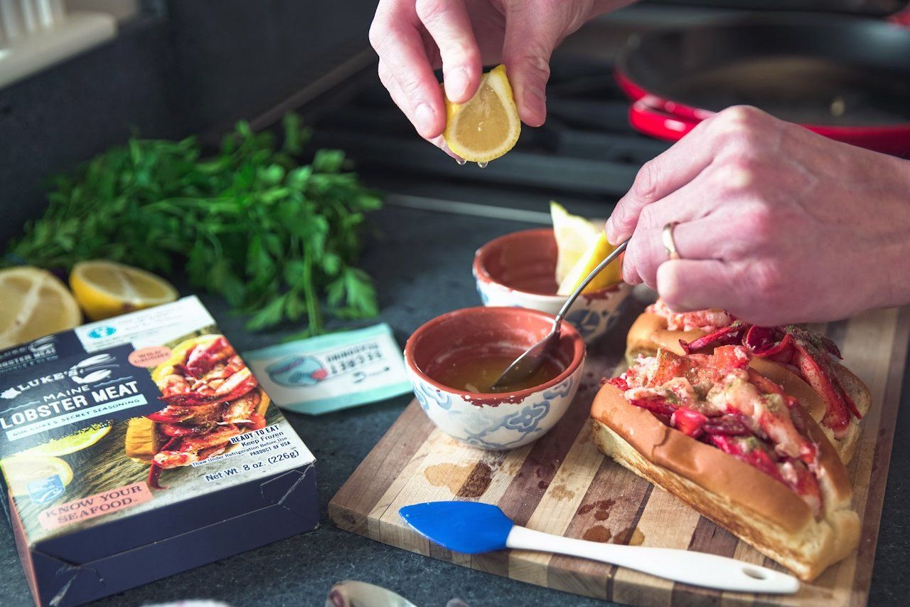 lobster rolls sustainable seafood gift